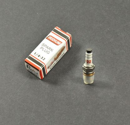 Picture of Rcexl 1/4-32 ME8 Iridium Spark Plug